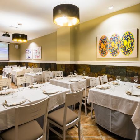 Salones del Restaurante Finisterrae de la Torre de Hercules